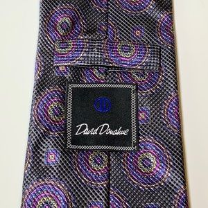 David Donahue necktie in mint condition.